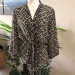 Kasper black and cream blouse size 12